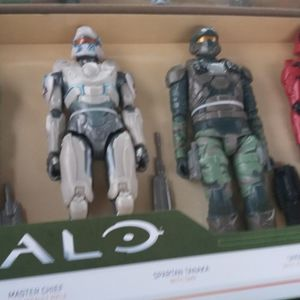 Halo 12 Inch Fully Posable Set for Sale in St. Petersburg, FL