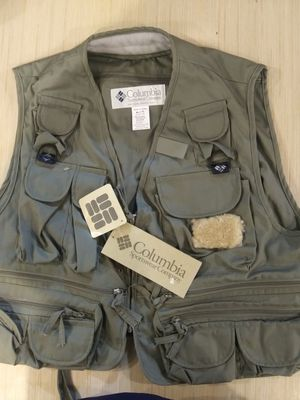 BRAND NEW WITH TAGS Columbia pfg Mens Olive green Size XL Vest Outerwear Henry Fork Fishing Retails at $85 for Sale in Phoenix, AZ