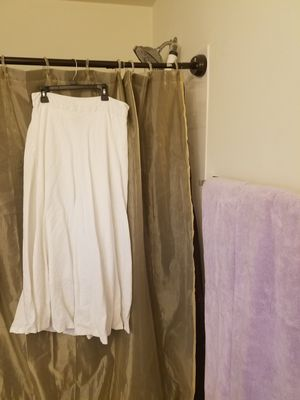 White linen Skirt for Sale in Martinsburg, WV