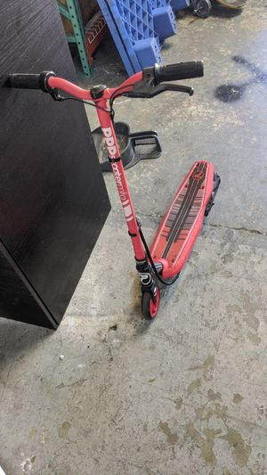 Lightning Scooter works but needs charger for Sale in Margate, FL