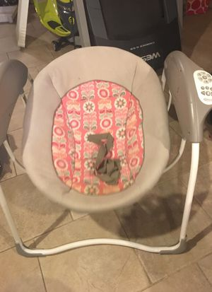 Graco Baby Swing for Sale in Philadelphia, PA
