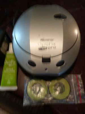 Cd and DVD cleaner for Sale in Waterloo, IA
