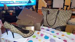 Authentic Gucci shoes and bag the shoes size 9 for Sale in MONTGOMRY VLG, MD
