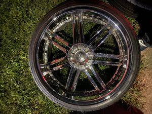 24 inch rims excellent tires for Sale in Highland Springs, VA