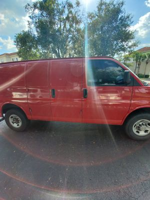 Chevy express 3500 for Sale in Orlando, FL