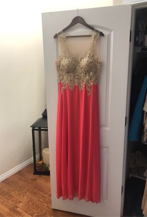 Maid of honor gown/ dress for Sale in Lake Stevens, WA