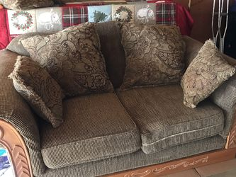 Loveseat for Sale in Springfield,  IL