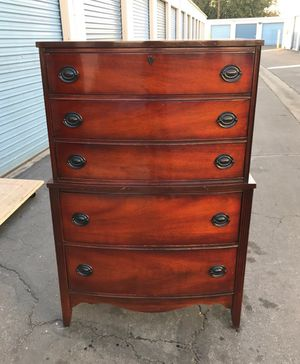 Antique tallboy dresser for Sale in Lynwood, CA