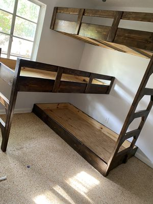 Triple Bunk Bed for Sale in Tampa, FL