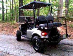 Price$1OOO EZ-GO TXT 2O17 electric golf cart for Sale in Phoenix, AZ