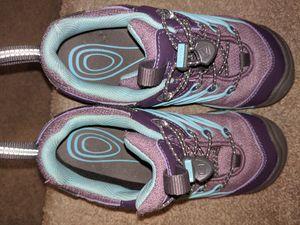 Keen hiking boots, girls size 1 for Sale in Atlanta, GA