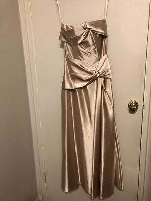Champagne/gold dress for Sale in Rockville, MD