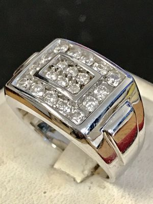 White gold diamond man's band for Sale in Riverview, MI