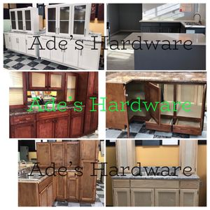 Kitchen cabinet (Custom) for Sale in Lynwood, CA