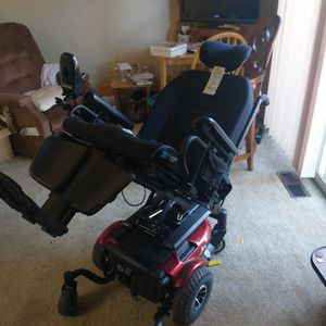 Electric Battery Powered J/6 Wheel Chair for Sale in Frederick, MD