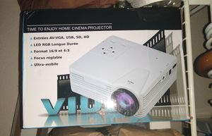 Home cinema projector and projector screen for Sale in Rancho Cucamonga, CA