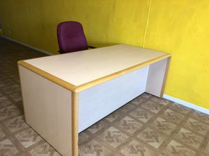 Desk Chair, Desks, Bed, Table, Chairs for Sale in City of Industry, CA