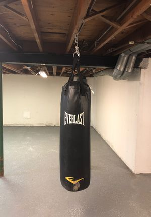 Punching bag for Sale in Sterling Heights, MI