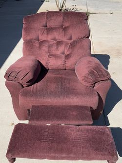 Recliner for Sale in Moreno Valley,  CA