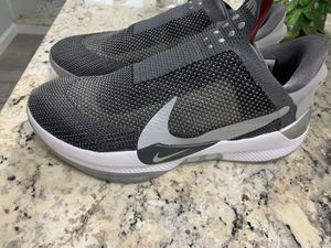 Nike adapt bb size 9.5 for Sale in Fresno, CA