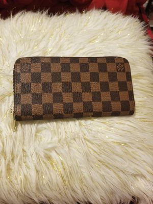 Brown wallet (no string) for Sale in Norcross, GA