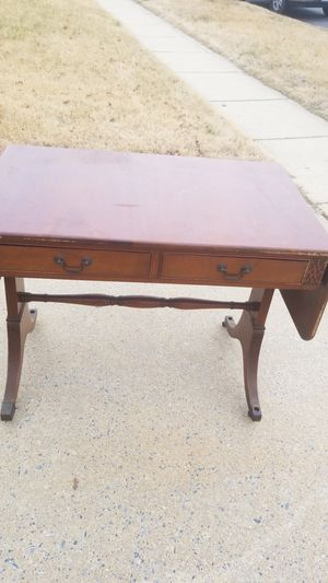 Antique table it fell in a movie thate why I'm only asking $50. But can be fixed really easy and ppl out a coat of paint for Sale in Germantown, MD