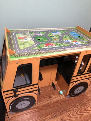 Kids table, activity buss,toy,play center. for Sale in Las Vegas, NV