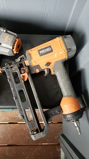 Roofing, 15g DA nail, 16g finish, constructions guns for Sale in Keizer, OR
