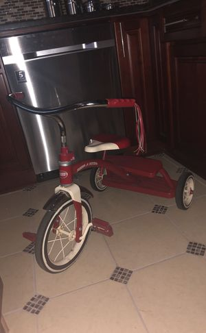 Radio flyer vintage cute bike for kids original $90 for Sale in Brooklyn, NY