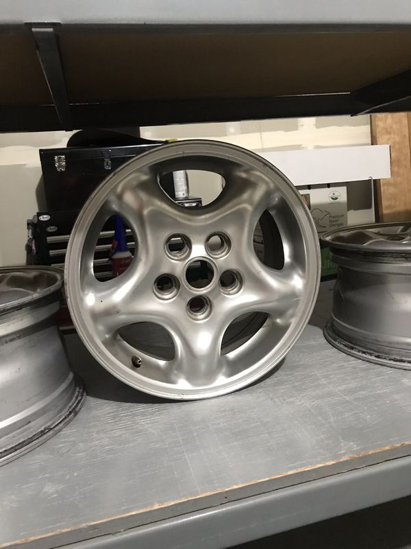 Discovery 2 Rover Wheels