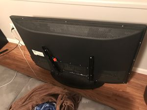 Sanyo 50 inch tv with stand n wall mount for Sale in Dublin, OH