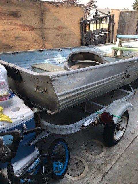 12 aluminum boat and trailer