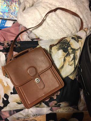 Authentic coach messenger bag for Sale in Schiller Park, IL