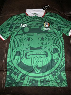 Mexico Jersey new with tags size is xl this is the reedición of the 98 World Cup for Sale in Perris, CA