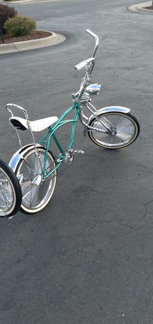 Lowrider bikes custom for Sale in Denver, CO