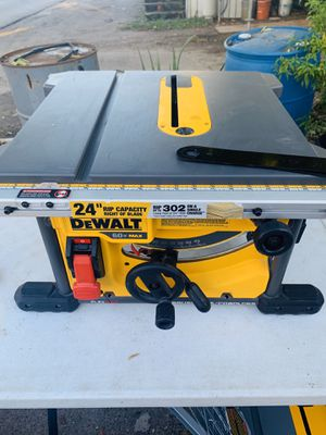 I DEWALT FLEXVOLT 60-Volt MAX Lithium-Ion Cordless Brushless 8-1/4 in. Table Saw (Tool-Only) for Sale in Houston, TX