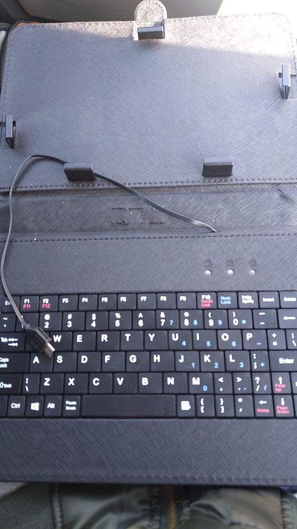 Windows 10 tablet with keyboard/stand