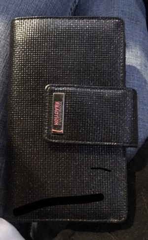 Kenneth Cole reaction Wallet for Sale in Saint Robert, MO