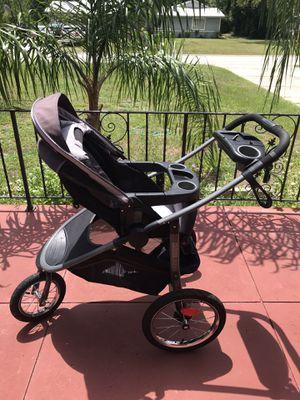 Jogger stroller for Sale in Ormond Beach, FL