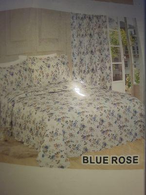 Queen bedspread for Sale in Bakersfield, CA