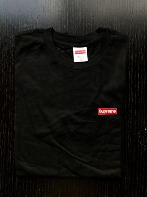 Black supreme t shirt for Sale in Miami, FL