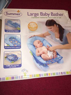Large foldable baby bather for Sale in Germantown, MD