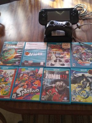 Nintendo Wii u and 8 games for Sale in Elgin, IL