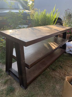 Free TV stand or media console for Sale in Sumner, WA