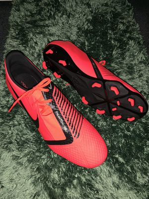 Nike phantom venom soccer shoes for Sale in Santa Ana, CA