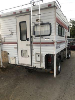 Camper. Works good okay condition needs little work for Sale in Hemet, CA
