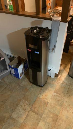 Water dispenser for Sale in Cumberland, RI