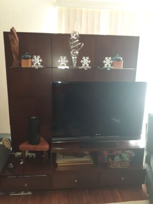 Large heavy mahogany tv stand console entertainment center for Sale in San Diego, CA