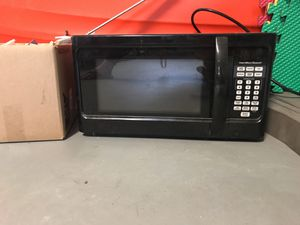 Microwave $25 for Sale in Tampa, FL