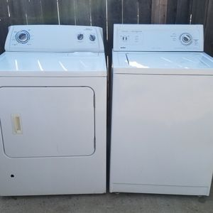 Set Washer we gas dryer for sale for Sale in Bakersfield, CA